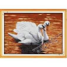 """Набор для вышивания крестиком """"Пара лебедей"""" D657"""