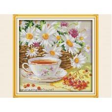 """Набор для вышивания крестиком """"Чашка чая и ромашки"""" J271"""